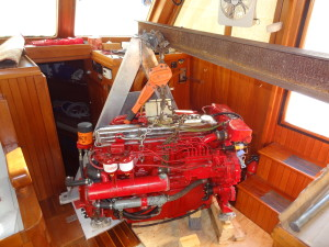 Engine sitting on engine mounts with blocks under